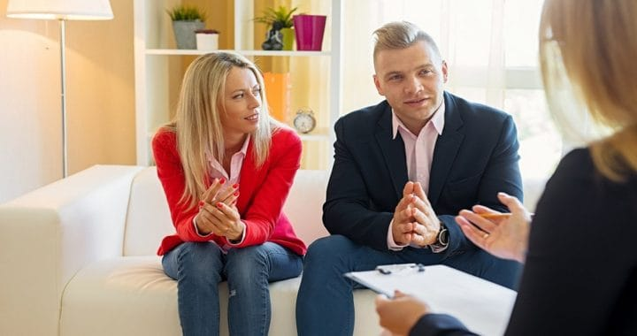 couple in mediation with a divorce lawyer